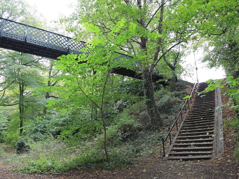 Steps to footbridge