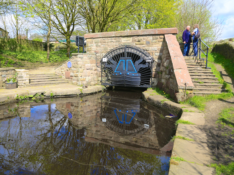 Standedge canal tunnel entrance