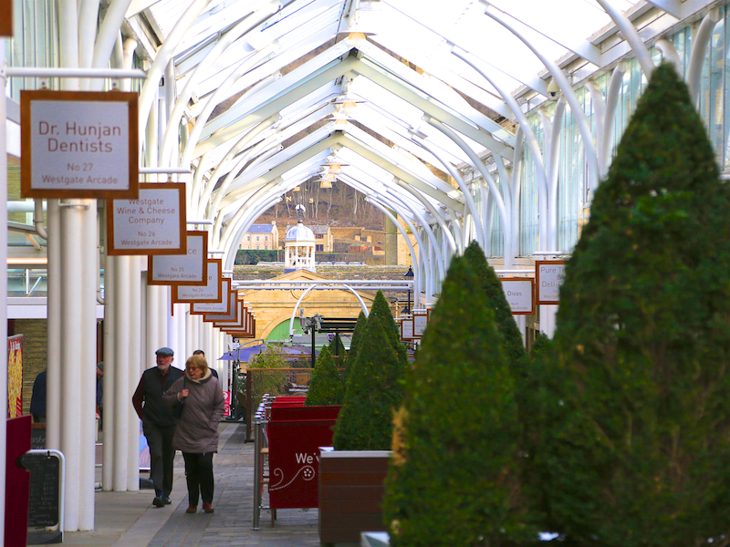 Through Arcade to Piece Hall