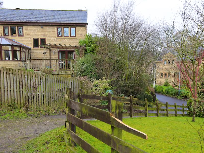 Footpath into Shibden Hall Croft